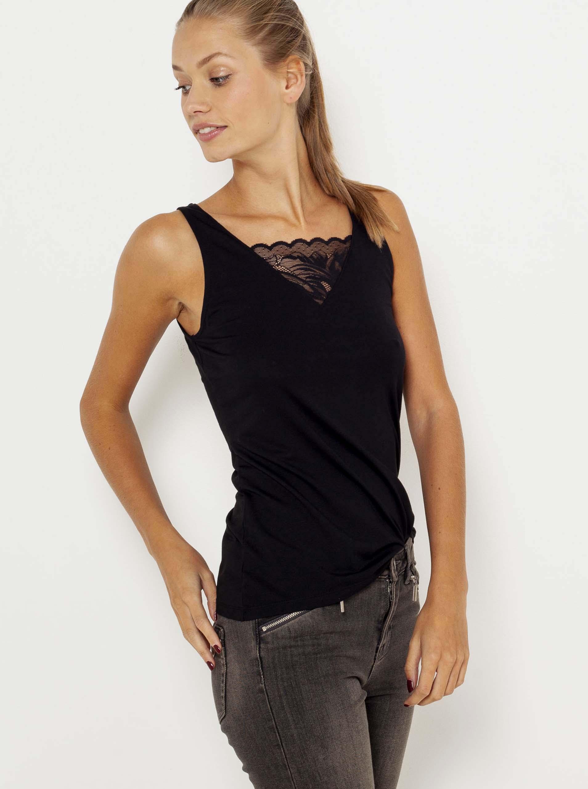 CAMAIEU crna majica s čipkom
