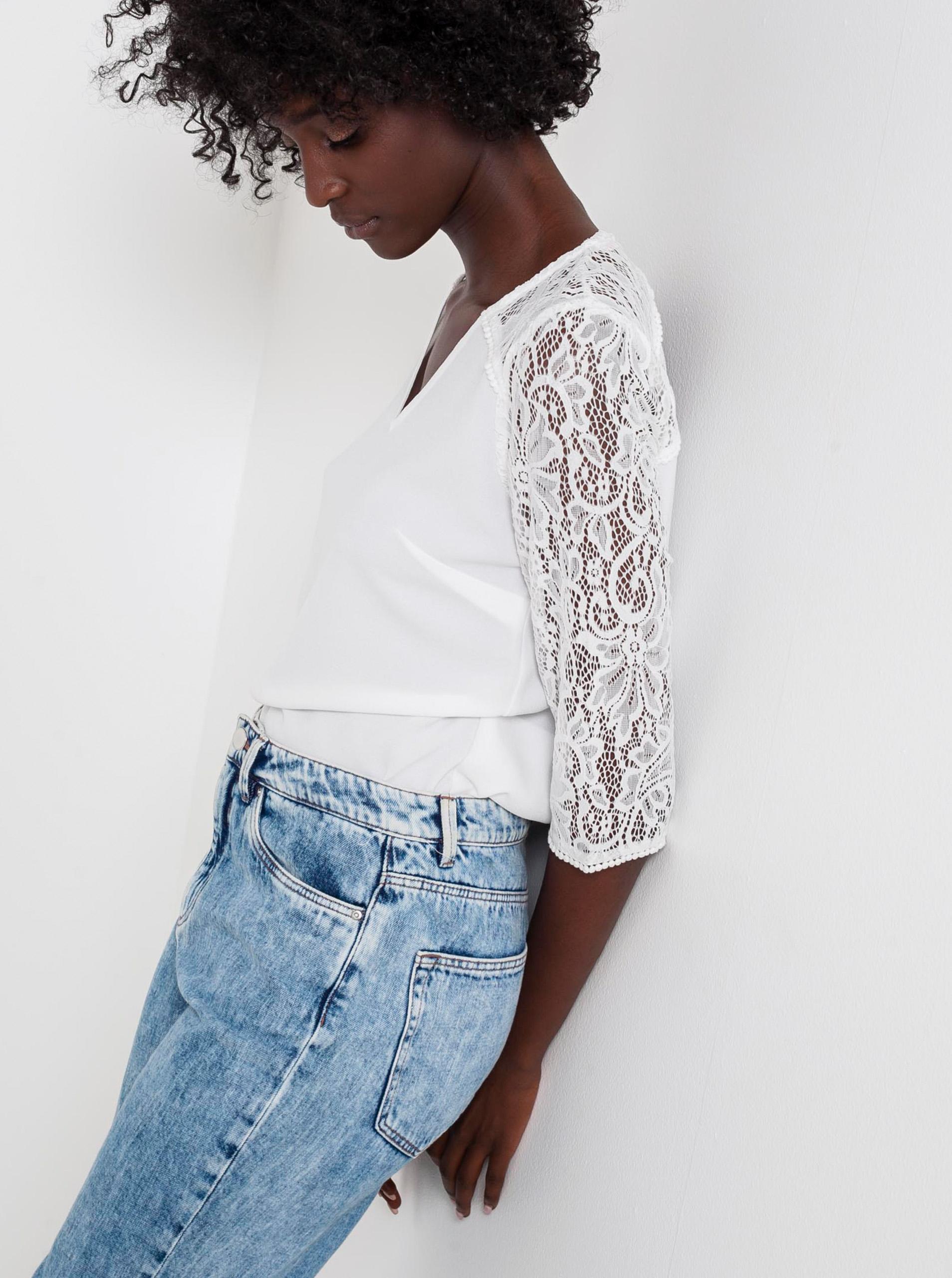 CAMAIEU bijela bluza s čipkom