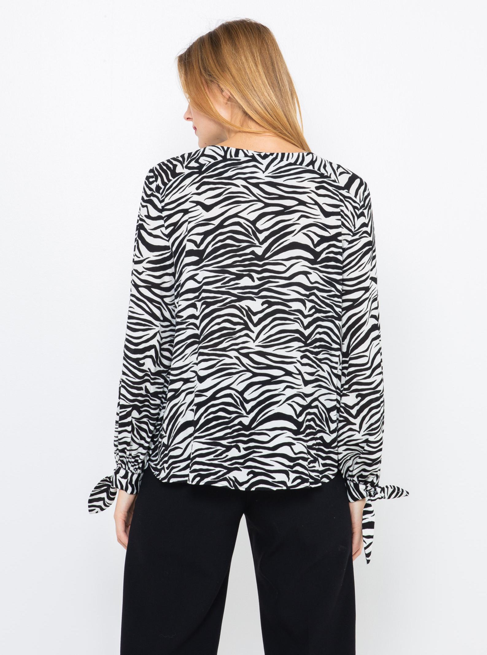CAMAIEU crna bluza sa životinjskim uzorkom