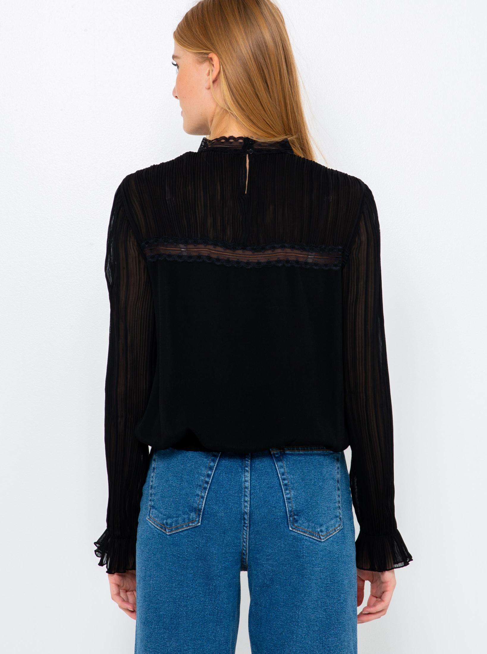 CAMAIEU crna bluza s čipkom