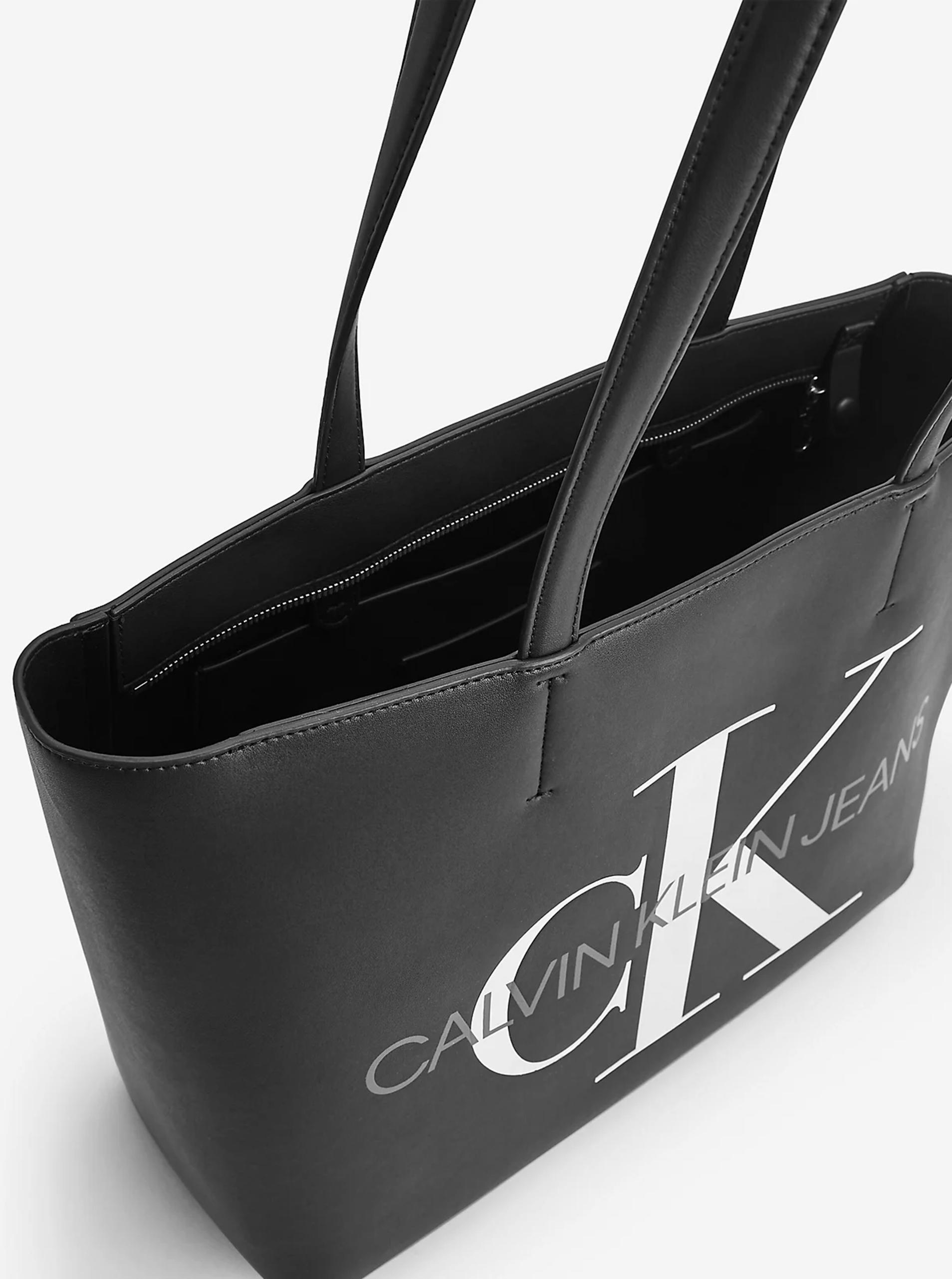 Calvin Klein crna mušterija